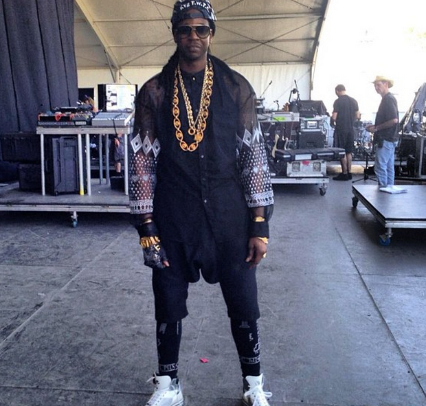 [UPDATED] Despite Being Robbed (Not Shot), 2 Chainz Performs At Oakland's Summer Jam