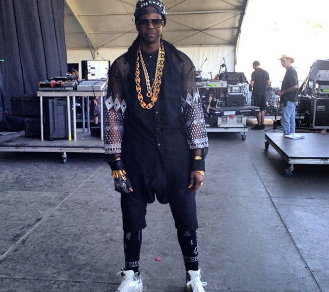 UPDATED] Despite Being Robbed (Not Shot), 2 Chainz Performs