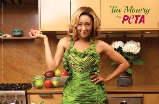 [VIDEO] Tia Mowry Says People Bullied & Attacked Her For Being A Vegan