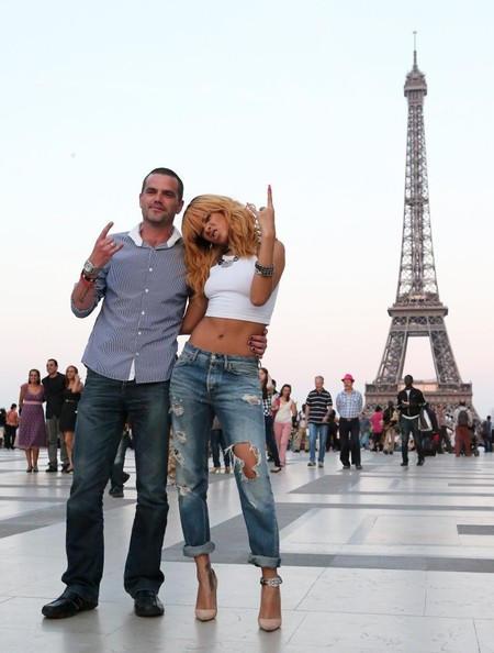 c-Rihanna Takes Touristy Pictures at the Eiffel Tower