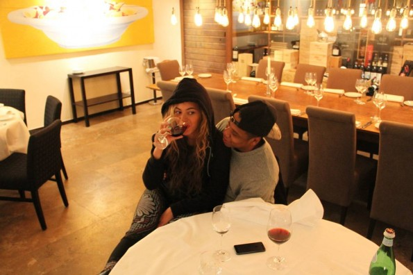jay-z-beyonce-red wine-berlin-the jasmine brand