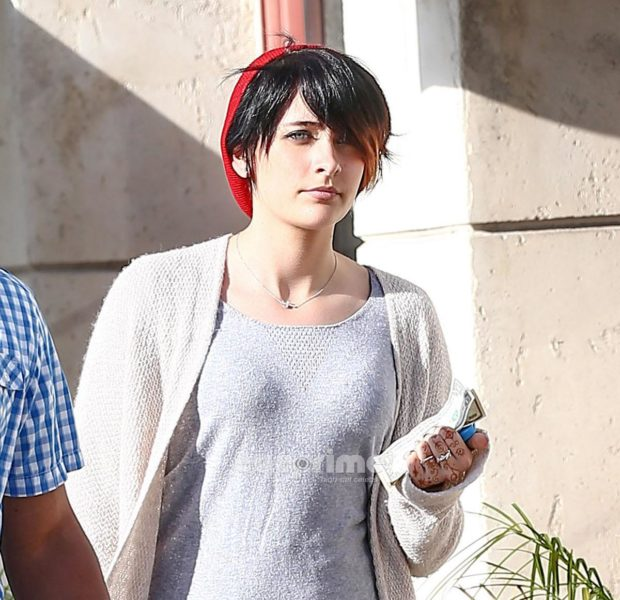 [UPDATED] Paris Jackson Attempts Suicide After Learning She Couldn't Attend Marilyn Manson Concert, Sends Cryptic Tweets Before Attempt