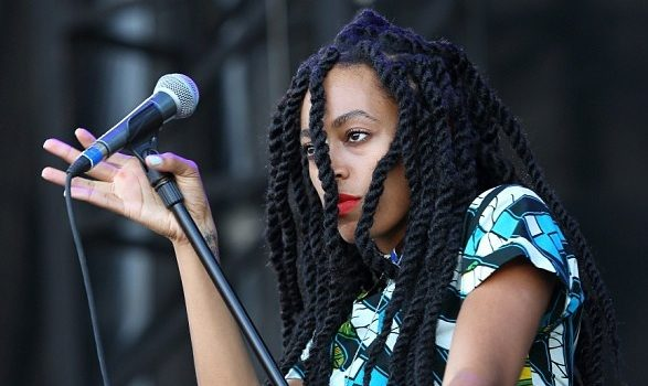 [VIDEO] Solange Performs 'TONY' At The Roots Picnic