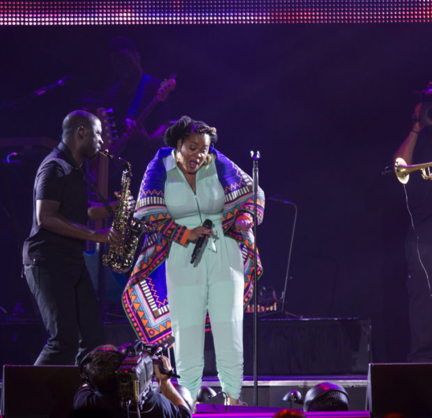 [Photos] Brandy, Maxwell & Jill Scott Invade Essence Festival + Behind the Scenes Spottings