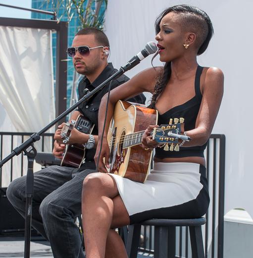 [Photos] Tiara Thomas, The Game & Julissa Bermudez Attend T-Mobile's Blogger Brunch