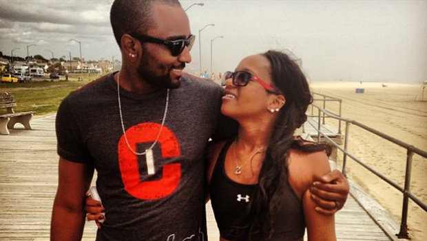 [Photos] Bobbi Kristina Confirms She's Engaged to Nick Gordon Again, During Couples Beach Retreat