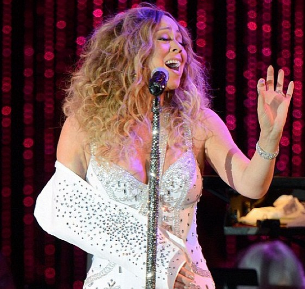 The Show Must Go On, An Injured Mariah Carey Performs In Studded Sling for MLB All Star Charity