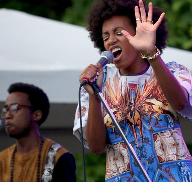 [Photos] Solange Hits Chi-Town For Pitchfork + Fantasia Performs At DC's Warner Theatre