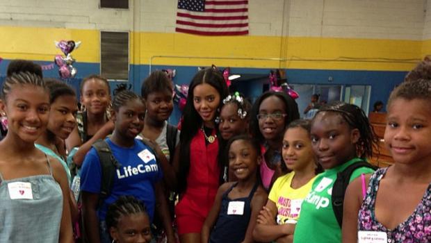 [Photos] No Boys Allowed! Angela Simmons Throws 'Girl Talk Take Over' Event at Newark's Boys Girls Club