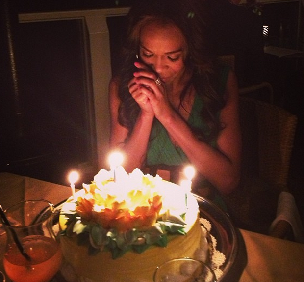 [Photos] Jaguars, Birthday Cake & Good Friends! Kelly Rowland Celebrates Michelle Williams' 32nd Bday