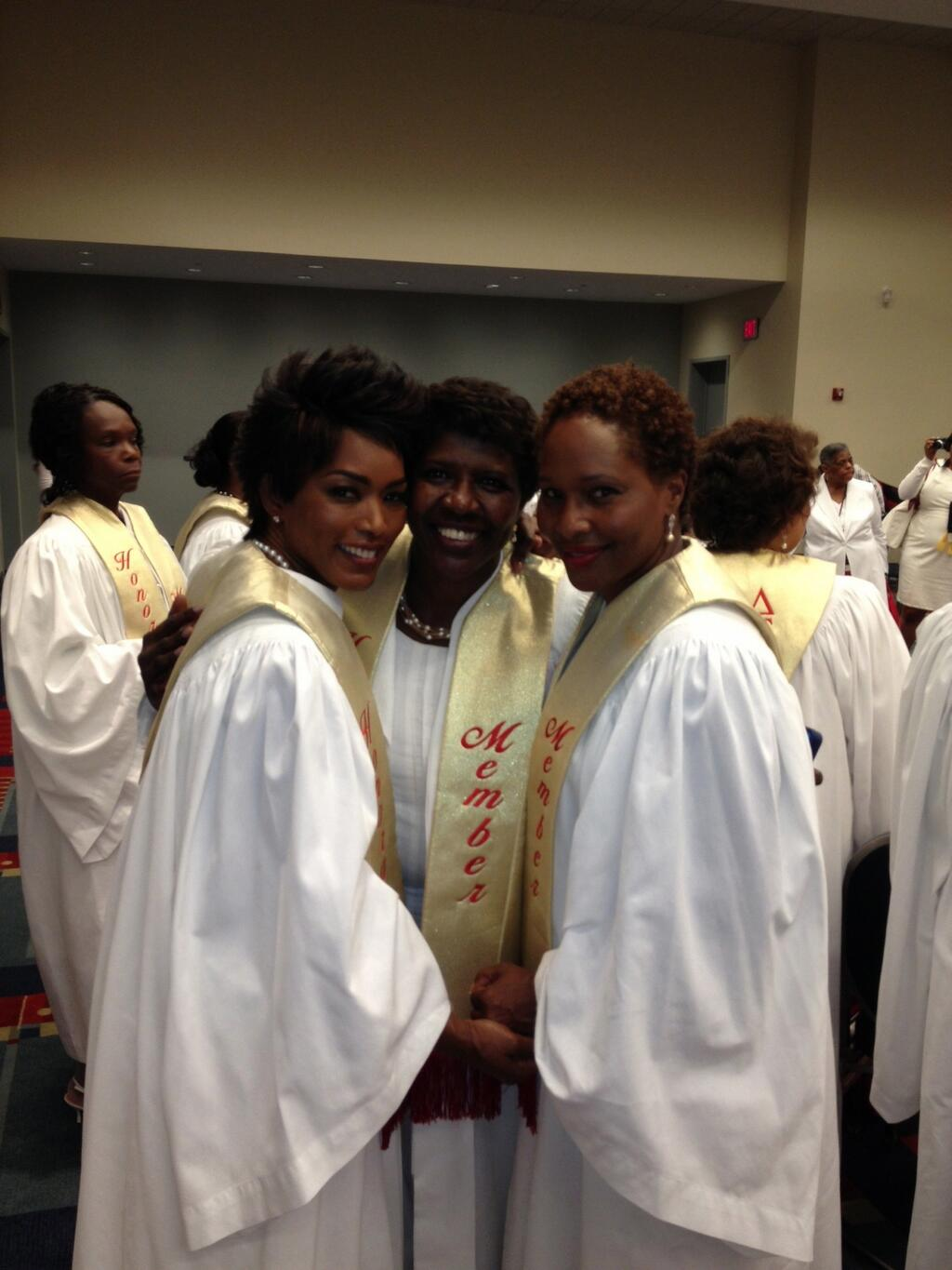 how to become an honorary delta sigma theta