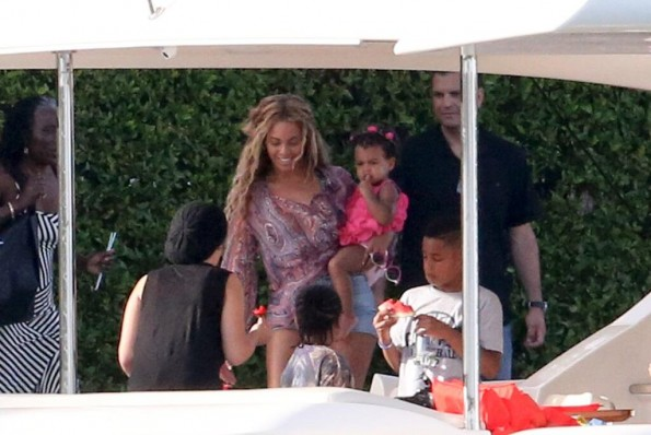 beyonce-blue ivy-miami 2013-the jasmine brand