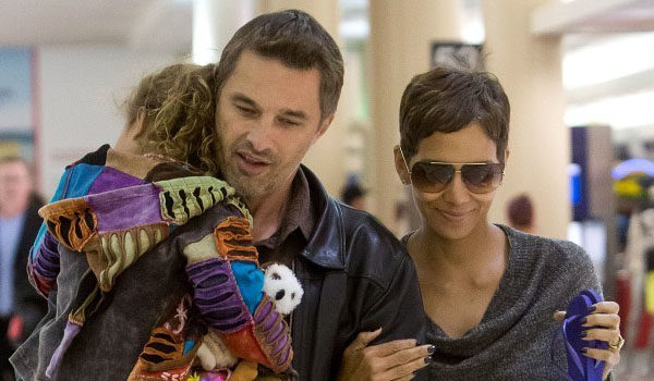 Halle Berry Reportedly Jumps the Broom, Marries French Fiance