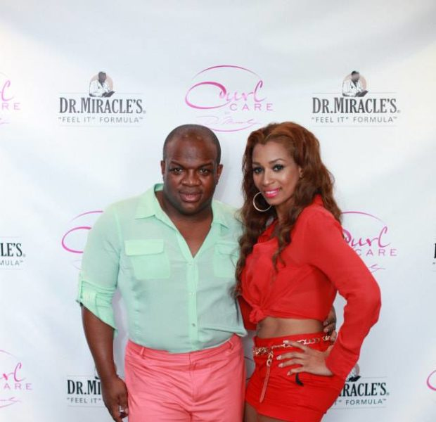 [Photos] ATL Reality Stars Derek J, Momma Dee & Friends Attend NOLA Hair Event