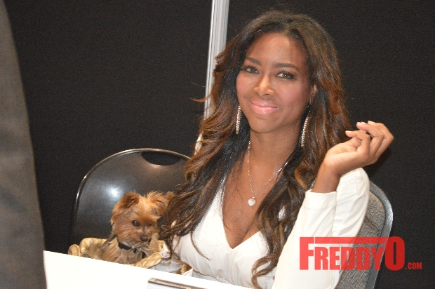 landlord-calls police on rhoa kenya moore-the jasmine brand