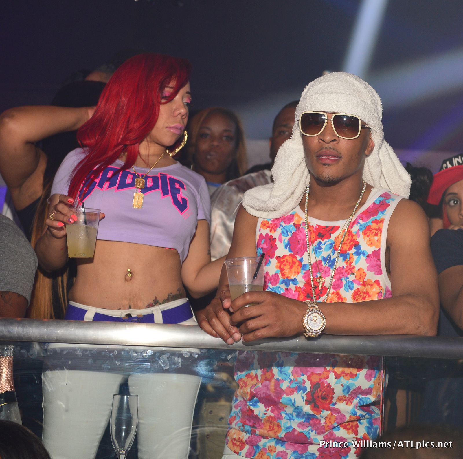 photos tiny goes clubbin with hubby ti for her