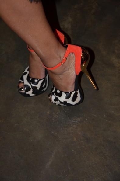 vivica a foxx shoe game