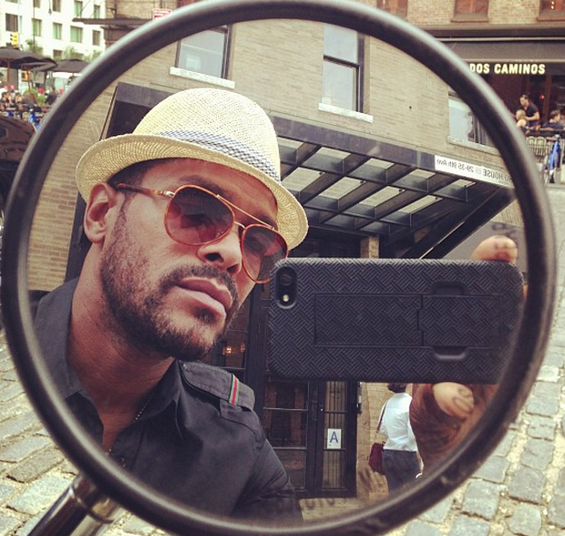 Maxwell Lashes Out At Critics Saying He Prefers White Women: 'Go F*** YourSelf!'