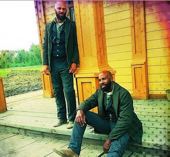 stop stare rapper common exudes beardporn for 39 hell on. Black Bedroom Furniture Sets. Home Design Ideas