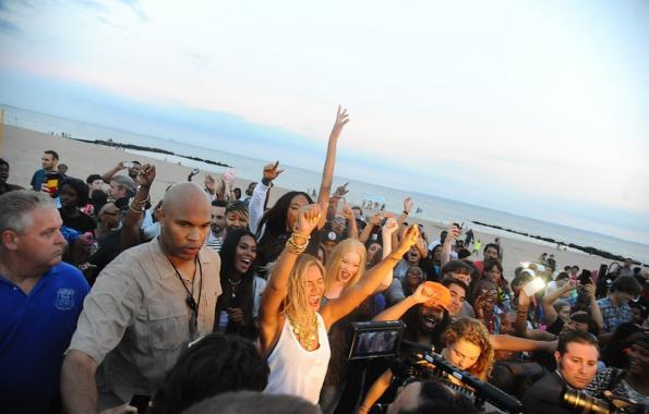 beyonce-coney island video shoot-the jasmine brand