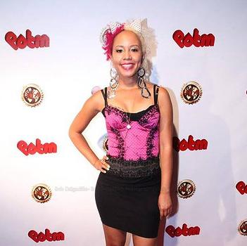 [Personal Blog Post] Jasmine BRAND Wins 'Outstanding Celebrity Blogger & Journalist' Award