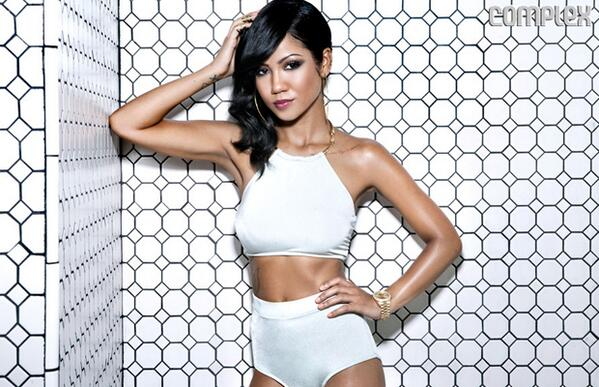 [UPDATED] Singer Jhene Aiko Suffers Broken Wrist & Stitches After Car Accident + Singer Releases Graphic Photo of Accident