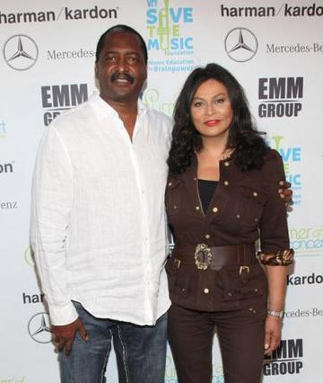 matthew-and-tina-knowles-10-2-09
