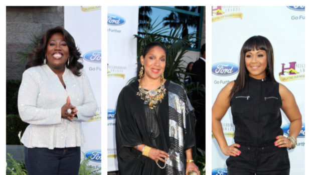 [Photos] Fantasia, Phylicia Rashad, Mary Mary & More Celebs Hit Steve Harvey's Blue Carpet For the Neighborhood Awards
