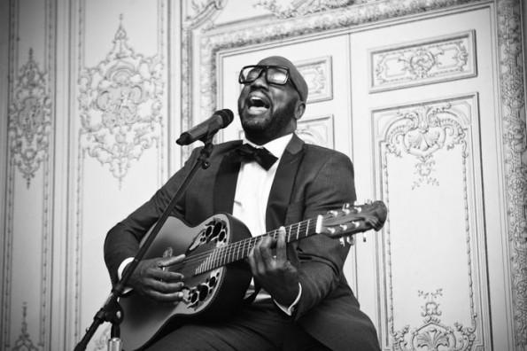 Malik Yoba performing-birthday dinner-the jasmine brand