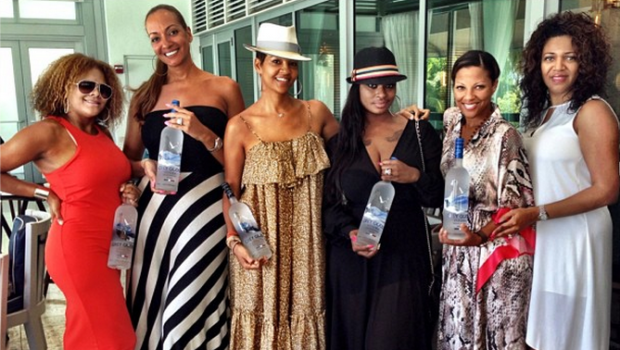 [Photos] The 'Real' Basketball Wives Meet for Annual 'Behind the Bench' Conference
