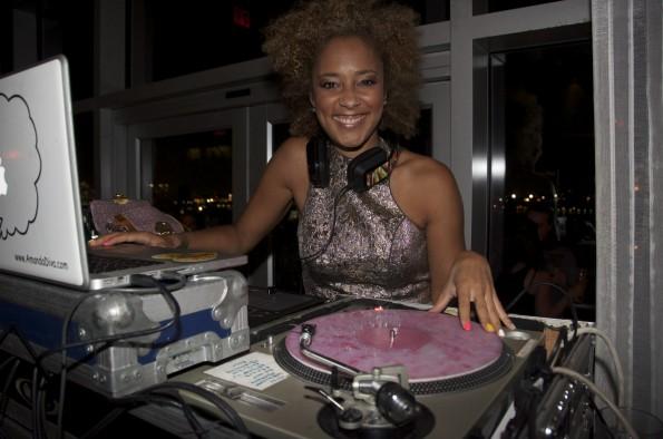 amanda the diva-Fashion Night In- Pop Up Review-new york fashion week-the jasmine brand
