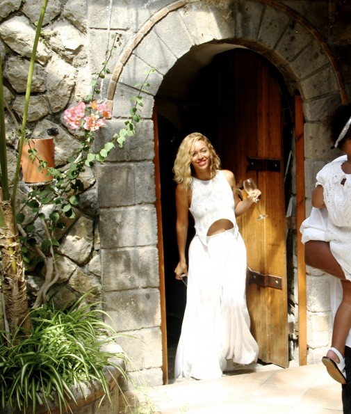b-beyonce-jay z-Mediterranean vacation 2013-the jasmine brand
