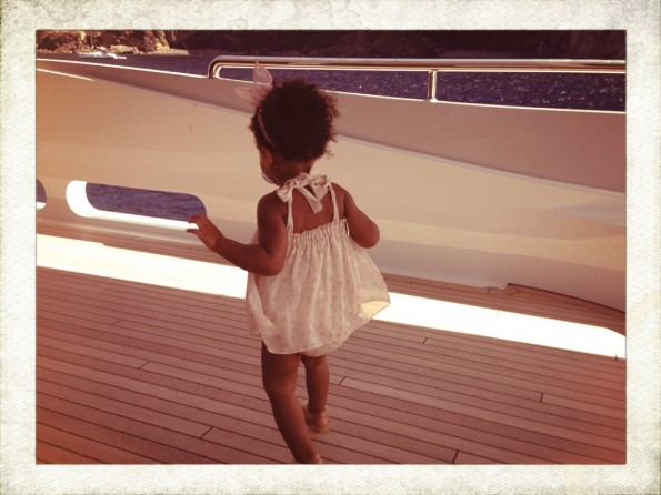 blue ivy-beyonce-jay z-Mediterranean vacation 2013-the jasmine brand