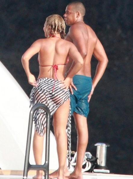 d-beyonce birthday with jayz-bikini-italy-the jasmine brand