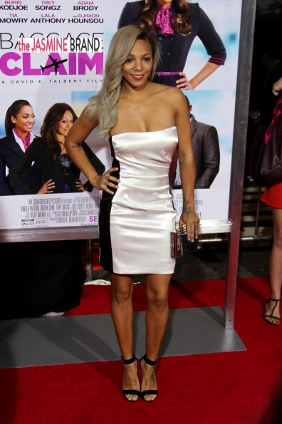 po johnson-baggage claim premiere 2013-the jasmine brand