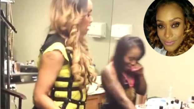 [WATCH] Tami Roman Gets Booty Poppin' Lessons From A Stripper