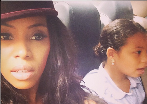 June Ambrose Shares Selfie Saturday, Kelly Rowland Promotes Her Abs + More Celeb Stalking