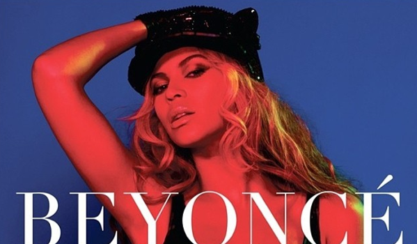 [Photos] Beyoncé Releases 2014 Calendar For The Holidays