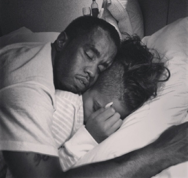 [Photo] Cassie Shares Private Moment Of Boyfriend Diddy In Bed