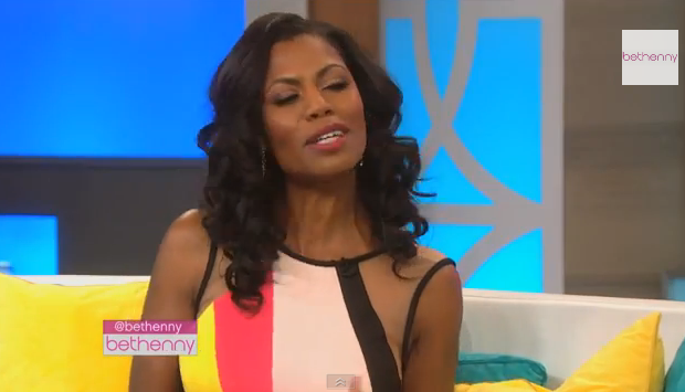 [WATCH] Awkward Much? Omarosa & Bethenny Get In Heated Argument, Resulting In A $10k Bet