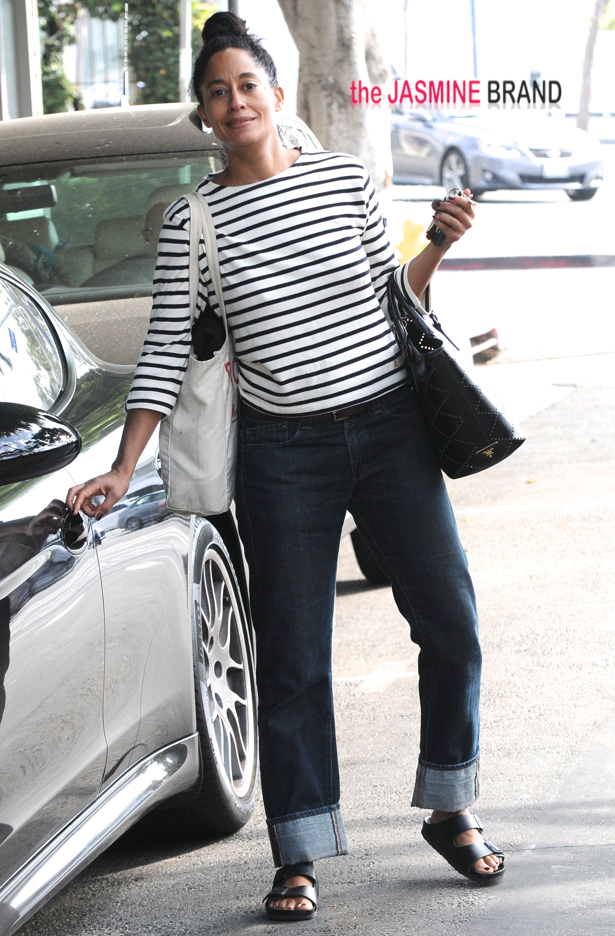 Tracee Ross exits gym wearing no make up and new outfit