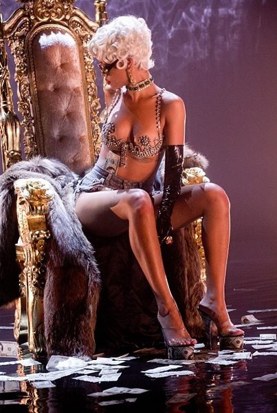 More Scantily Clad Photos of Rihanna's 'Pour It Up' Video