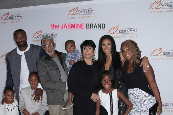 Gilbert Arenas & Laura Govan with their children and Laura's family.