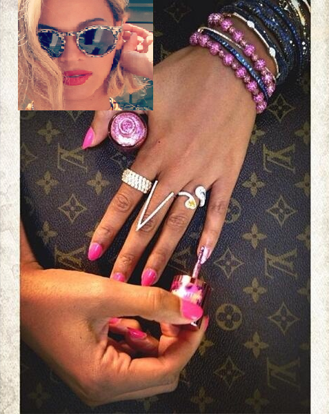 Beyoncé Fights Breast Cancer One Pinky At A Time