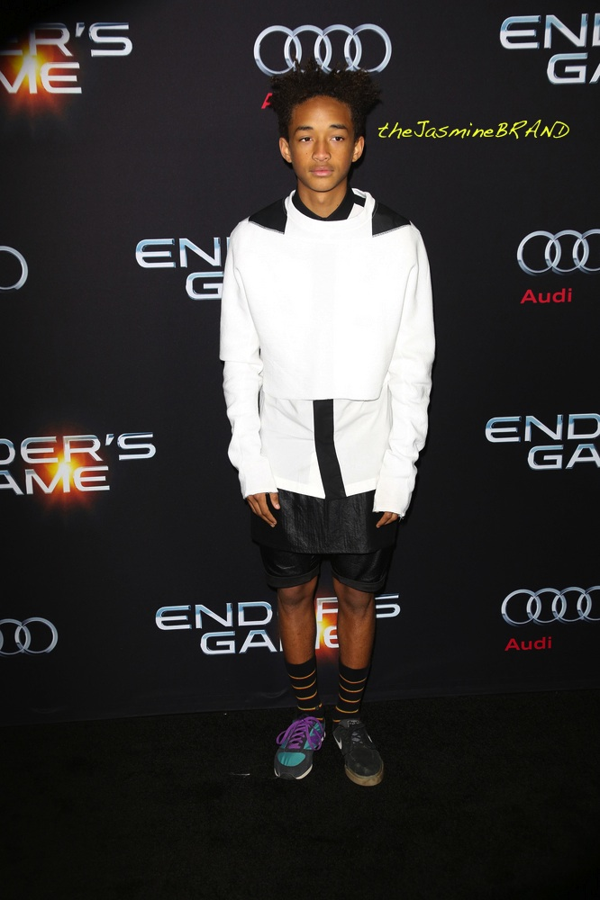 """Ender's Game"" Los Angeles Premiere - Arrivals"