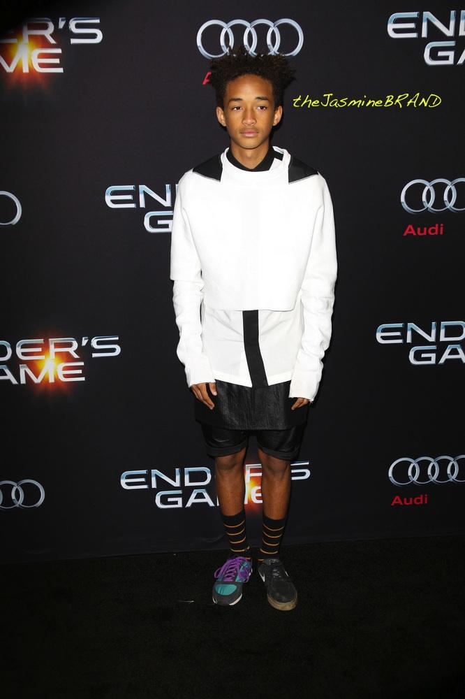 """Ender's Game"" Los Angeles Premiere - Arrivals"