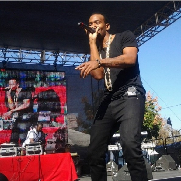 mario-on stage-kenny lattimore-taste of soul la 2013-the jasmine brand