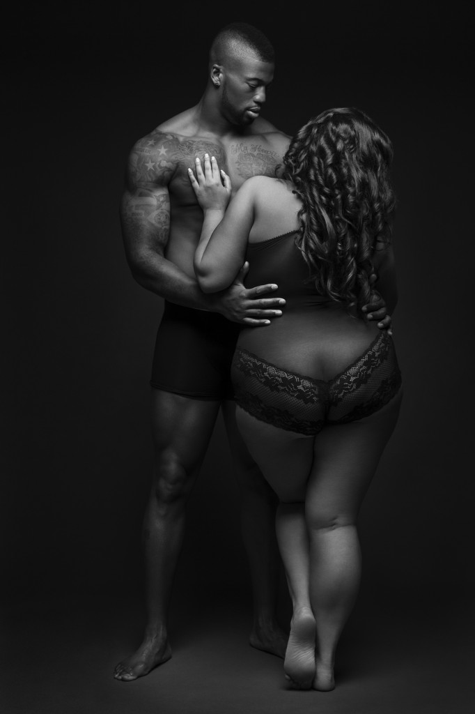 nfl-ray edwards-hot steamy shoot with plus sized model-the jasmine brand