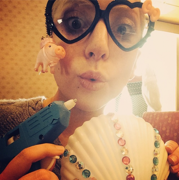 Lady-Gaga-Bedazzling-Fun-The Jasmine Brand