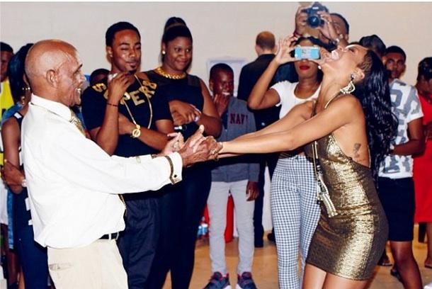 [Photos] Rihanna Throws A Helluva Birthday Bash For Grandfather's 85th Birthday